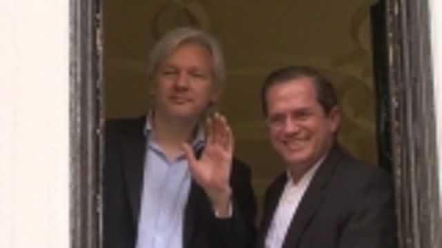 News video: Assange completes full year in Ecuador embassy